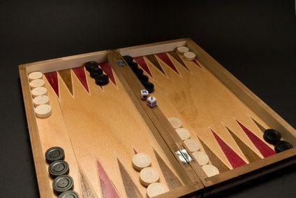 Play Backgammon In 2020 Backgammon Old Games Fun Board Games