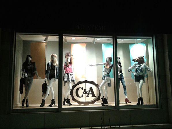 Design Vitrine vitrine c a lollapalooza vimer visual merchandising
