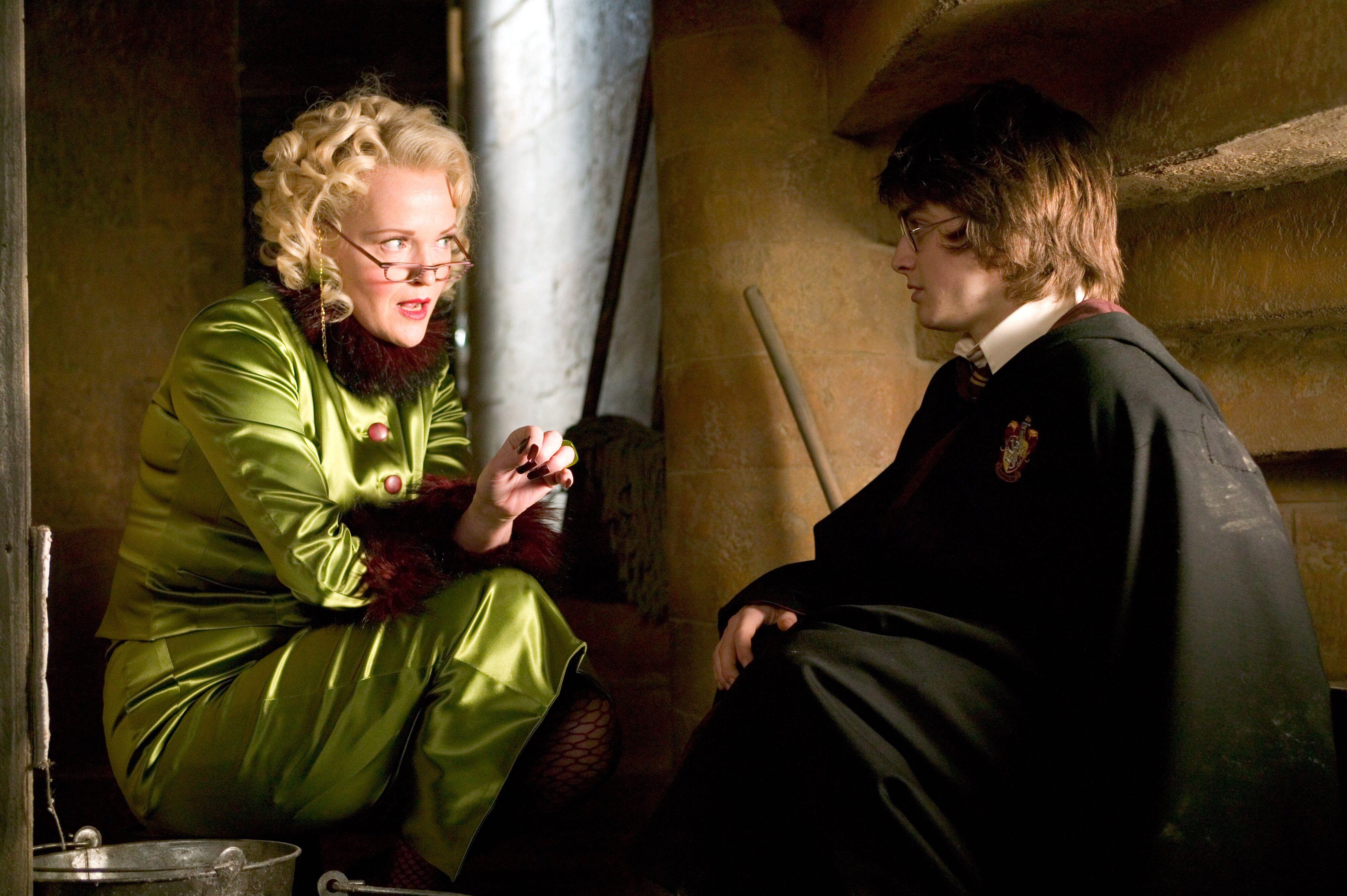 27 Jpg 4064 2704 Miranda Richardson Harry Potter Wiki Harry Potter Characters