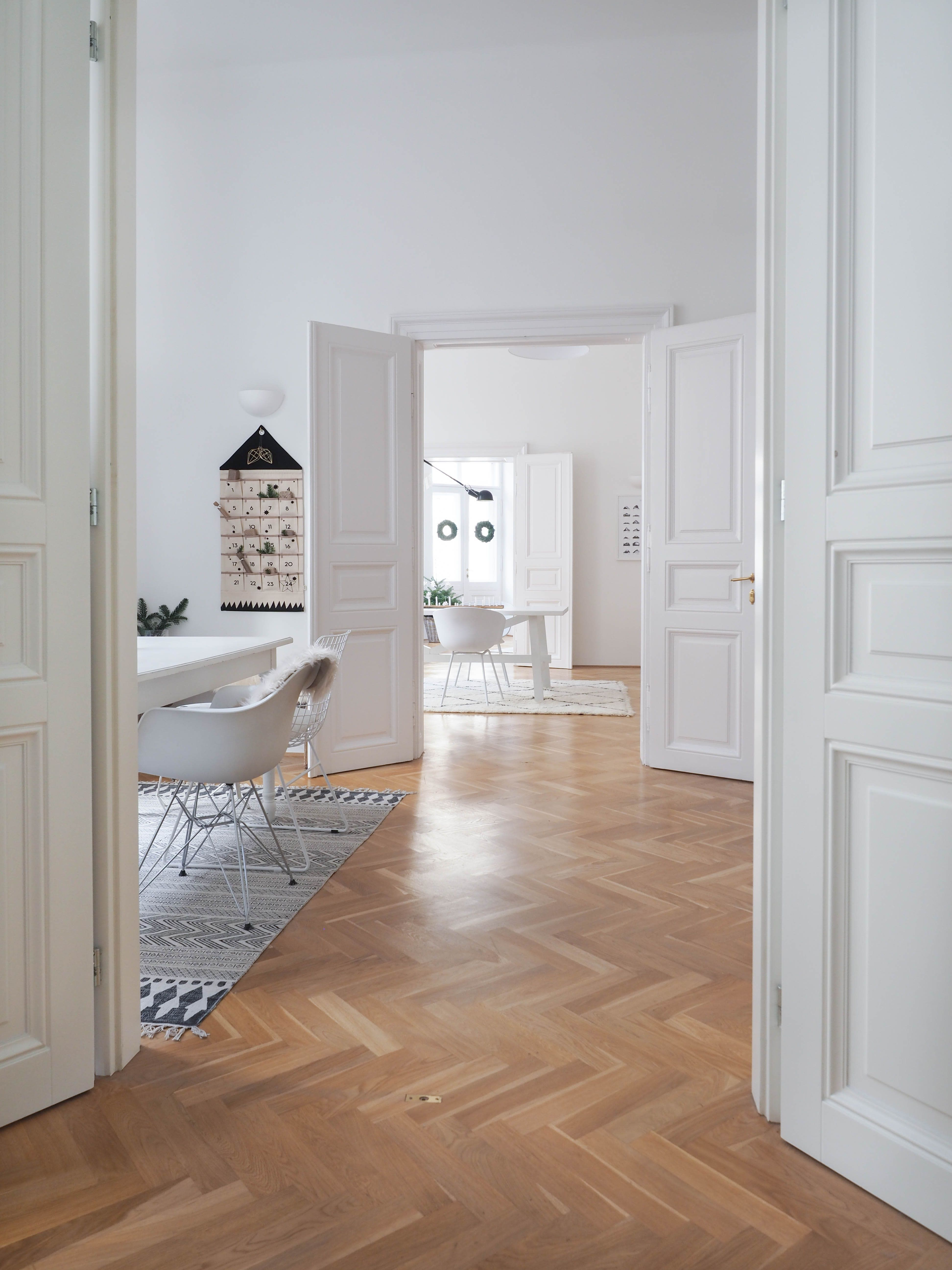 A Scandinavian-Inspired Apartment in a Vintage Vienna ...