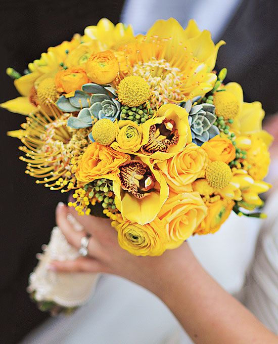 Eclectic Yellow Bloom Bouquet Bouquet of conga roses