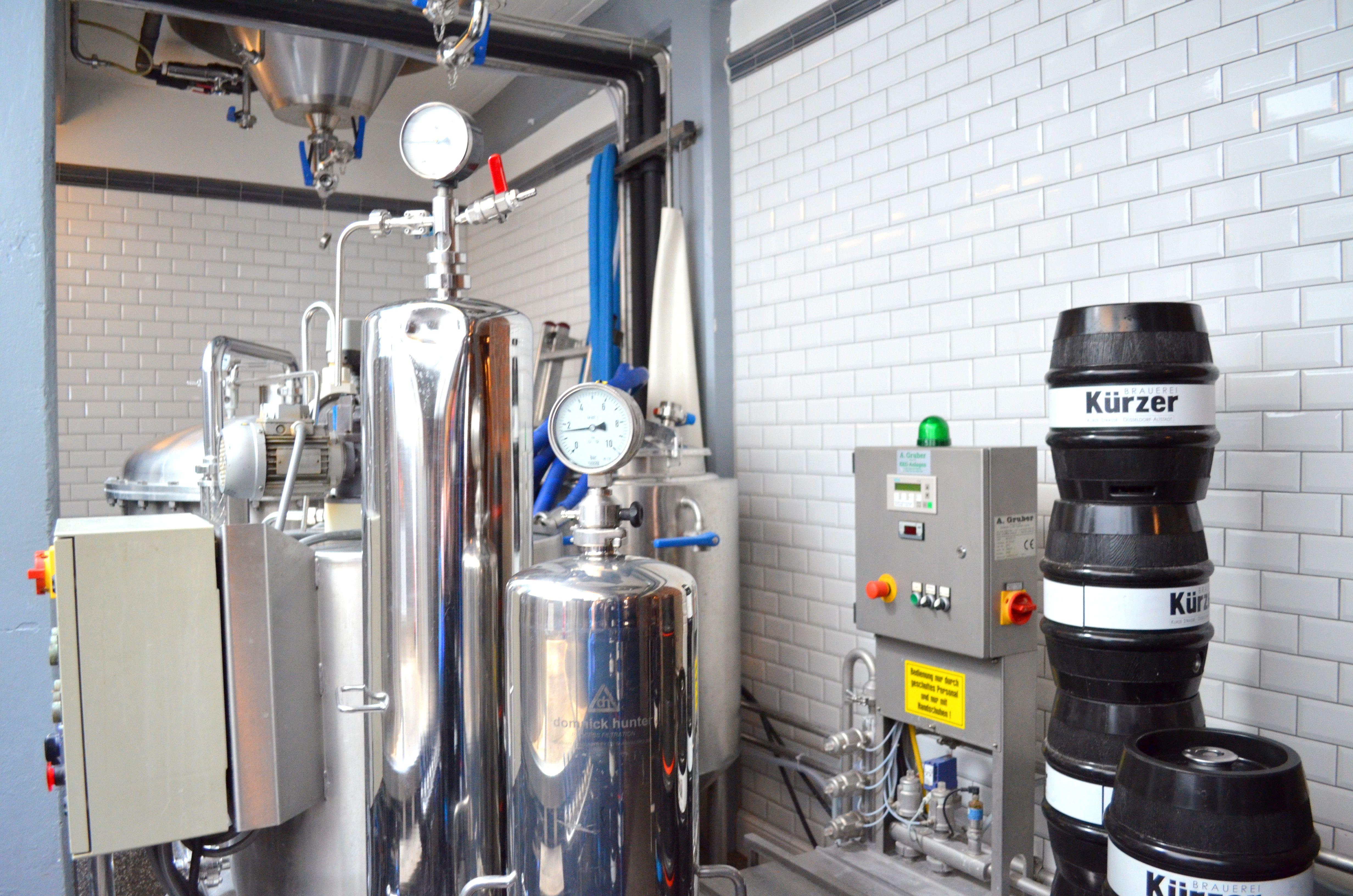 Fabricación de la altbier en la misma cervecería Kürzer de Düsseldorf