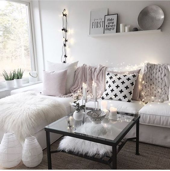 Inspiring Sitting Room Decor Ideas For Inviting And Cozy: Colours And Textures, Soft Accents Of Lighting