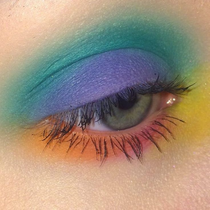 Photo of Imagem de make-up, eyes and pretty, rainbow colors eye shadows, rainbow colors eye …