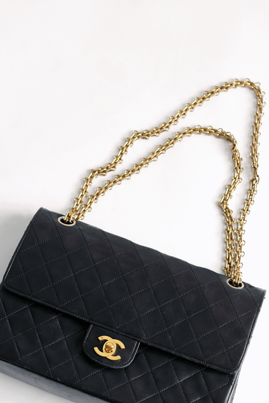 TODAY  The Vintage Chanel Bag   My bucket list...   Pinterest ... 9ad9a08bfb7