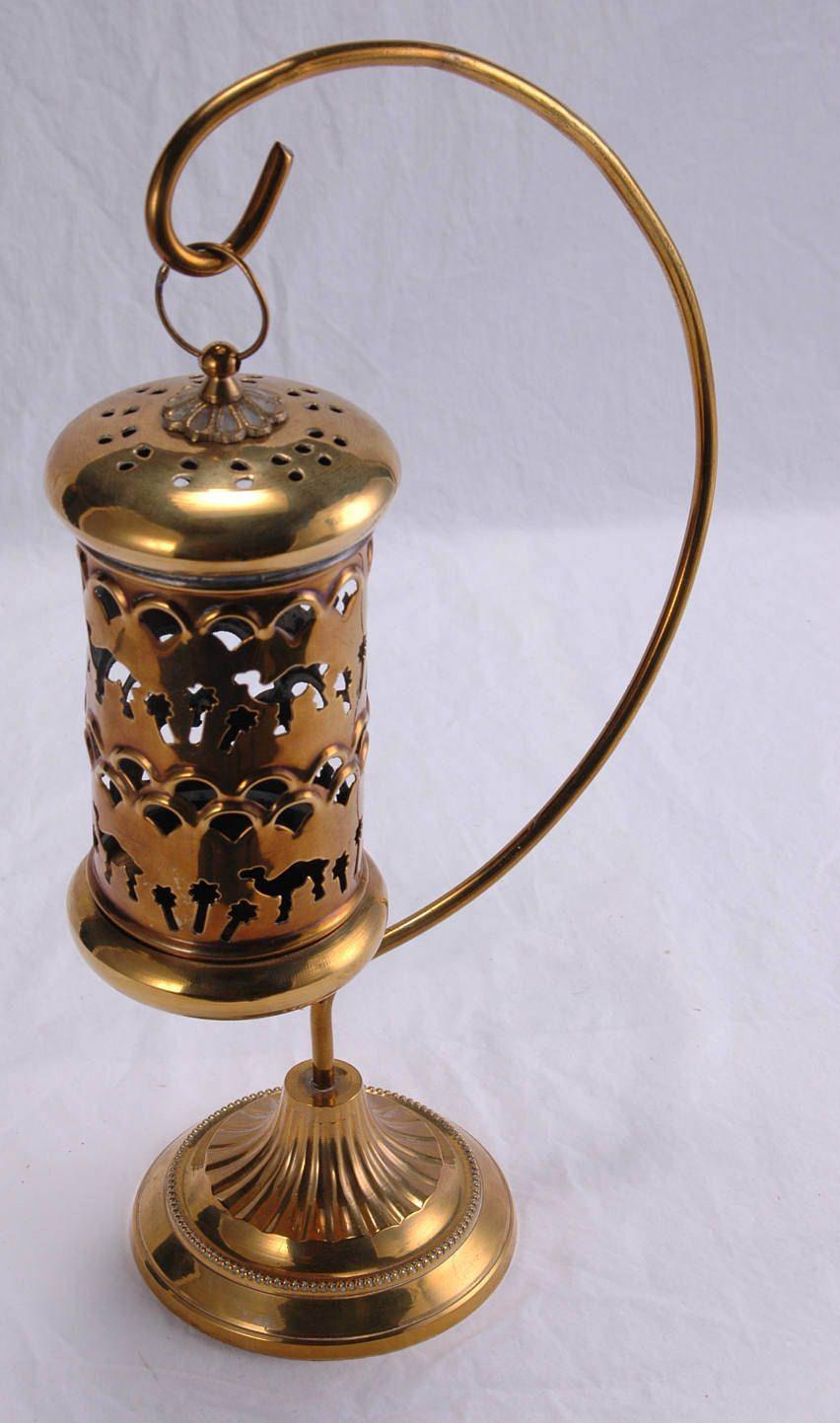 Antique swinging teabag holder