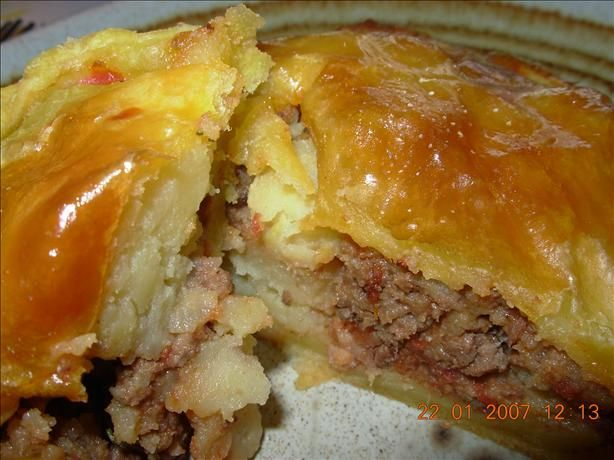 Traditional English Beef & Potato Picnic Pies - Pasties ...
