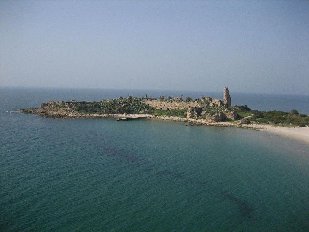 Château Pèlerin or Atlit Castle, Israel (source: wiki)