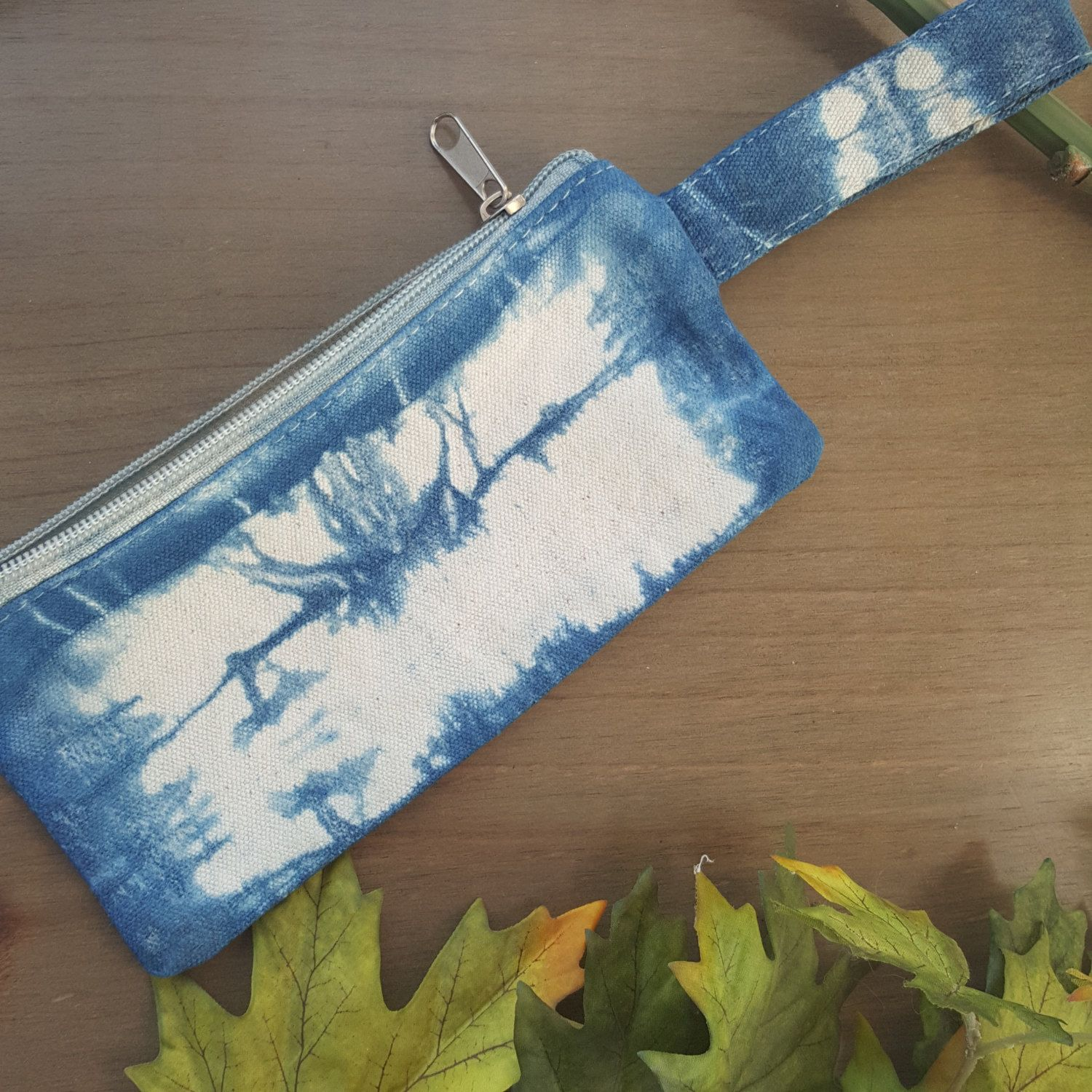 Hand dyed Shibori pencil case, cosmetic case, makeup bag, travel sized makeup case, coin pouch, blue tie dye by Grafeeq on Etsy