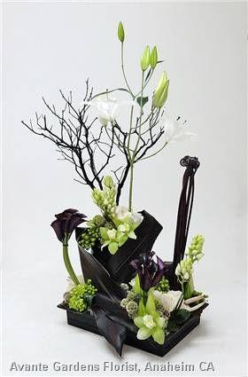 Contemporary Black And White Arrangement Arreglos Florales