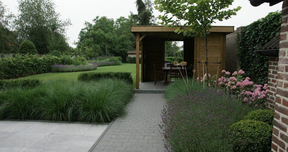 Ontwerp tuin strakke tuinen stadstuinen moderne tuinen for Voortuin strak modern