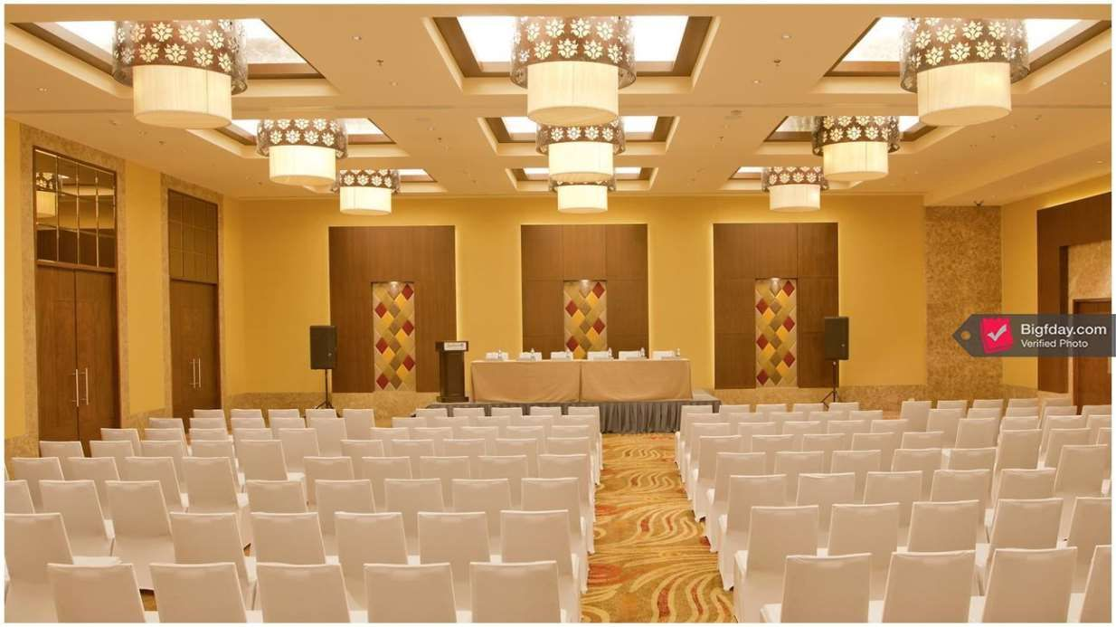 Banquet Halls And Conference Rooms At Hotel Radisson Blu Hall In Egmore Chennai Book Your Space Online At Bigfday Review And Save Banquet Hall Hotel Room