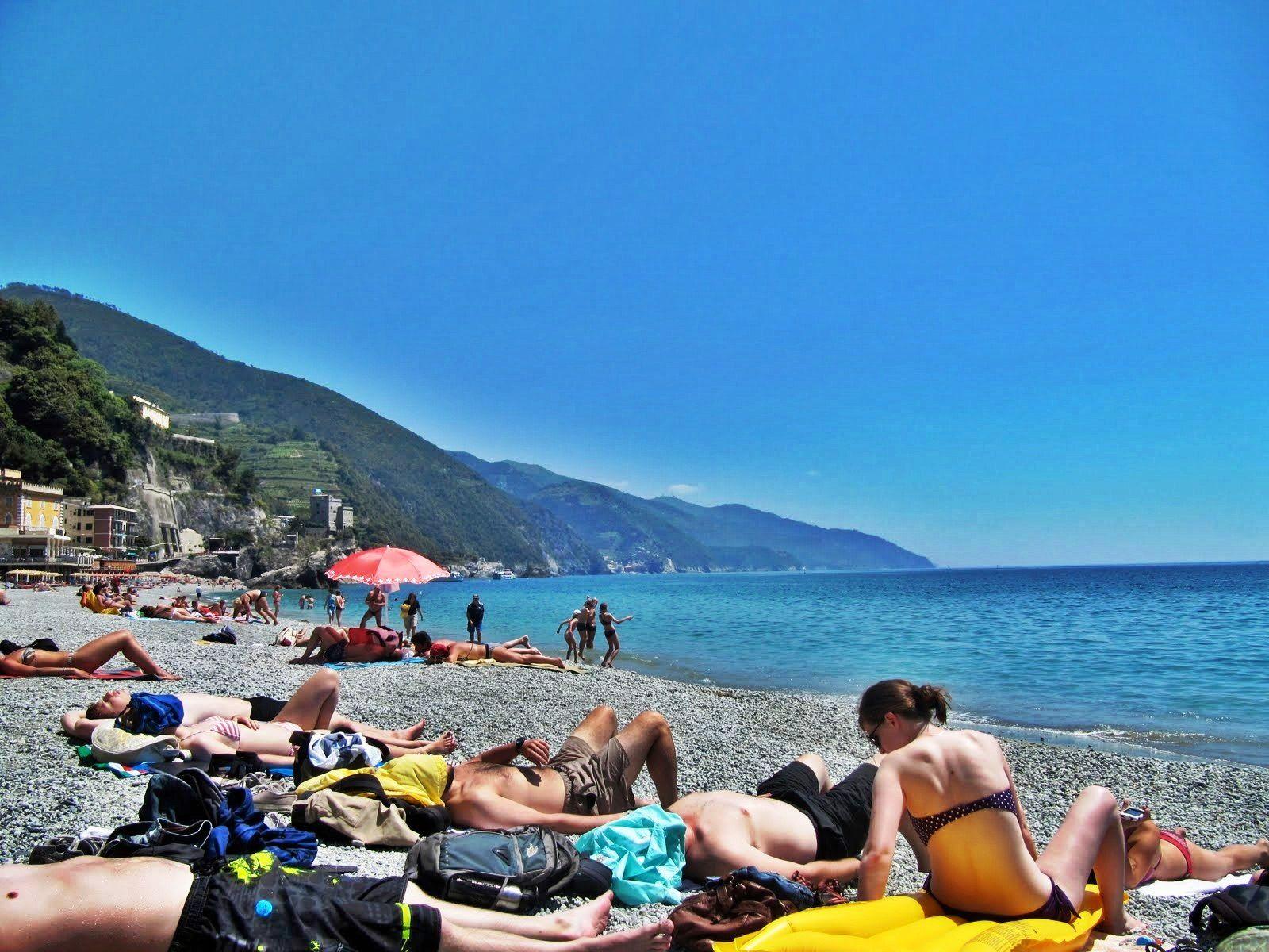 Beaches In Italy Pink Beach Genoa