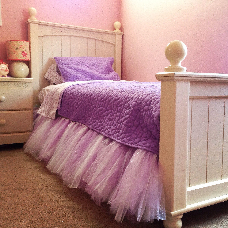 Tutu DIY bed skirt .. My little girls in love Diy bed
