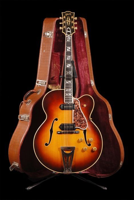 1955 Gibson Super 400 Guitar Archtop Guitar Cool Guitar