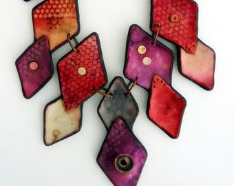 Collar de arcilla de polímero