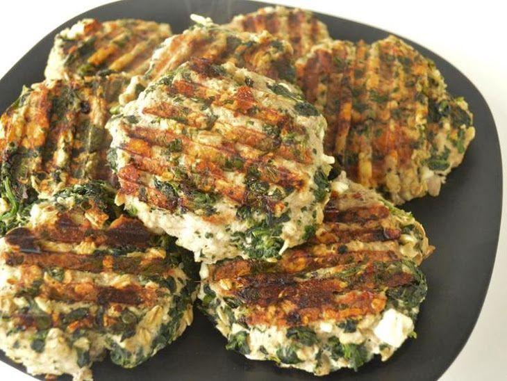 Lean Turkey Burger Recipe Main Dishes, Lunch with turkey meat, mustard, spinach, purple onion, minced garlic, black pepper