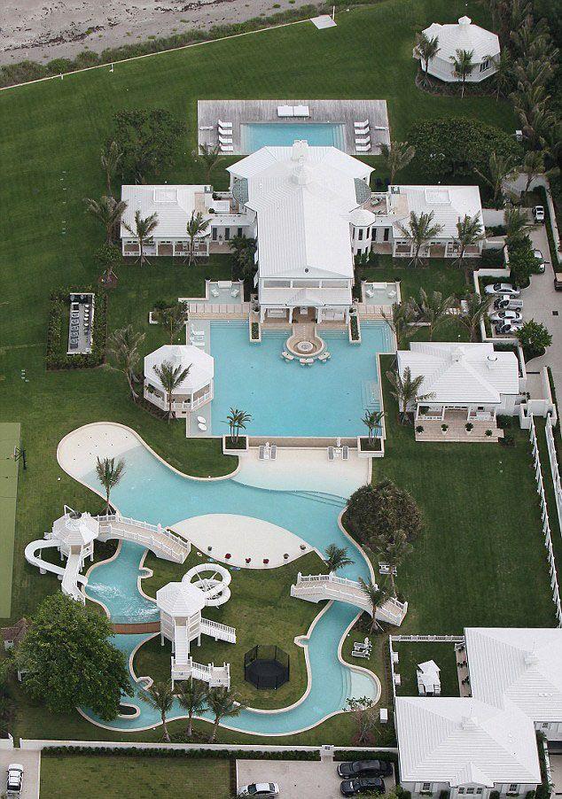 Celine Dion S Bahamian Inspired Luxurious Florida Estate Idesignarch Interior Design Architecture Interior Decorating Emagazine Mansions Florida Mansion Dream Pools