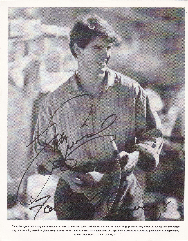 Tom Cruise With Images Tom Cruise Signed Photo Cruise