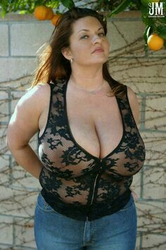 Nude horny moms naked