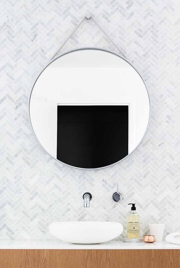 spiegel-wandspiegel-strap-rond-design-badkamer-slaapkamer-hay-sooo ...