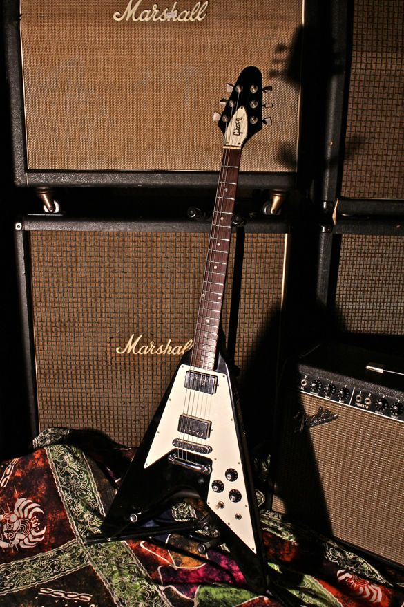 gibson 79 flying v gibson gibson guitars guitar fender guitars. Black Bedroom Furniture Sets. Home Design Ideas