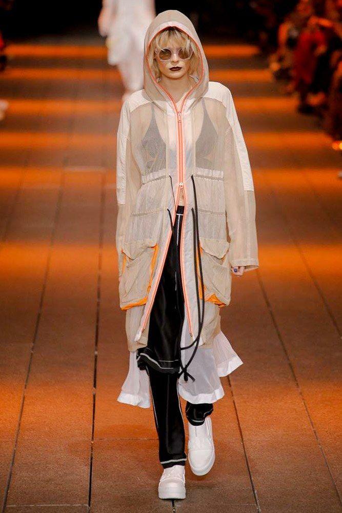 DKNY Spring 2017 Ready-to-Wear Fashion Show - Alexandra Elizabeth