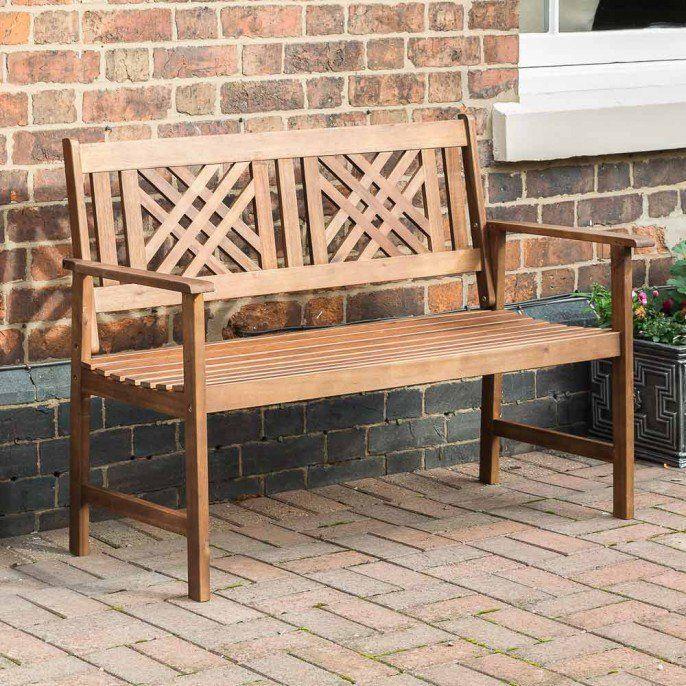 Wooden Garden Bench With Criss Cross Back Wooden Garden Benches Garden Bench Garden Set