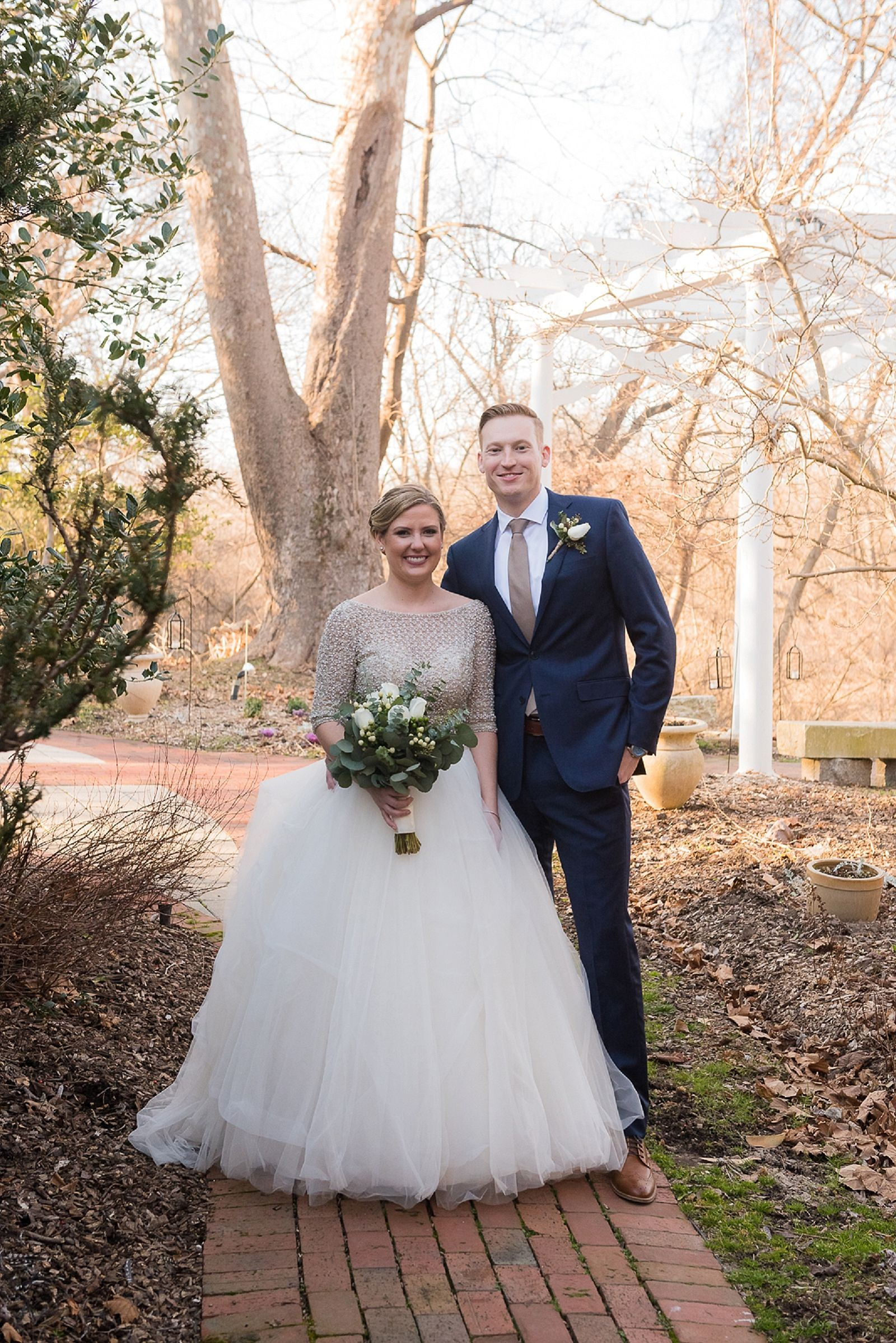 Warm Winter Wedding At The Elkridge Furnace Inn In 2020 Baltimore Wedding Photographer Baltimore Wedding Winter Wedding