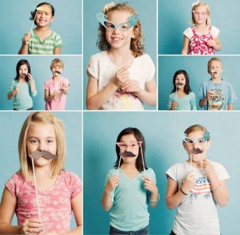 carnival birthday party - DIY photo booth #temporarytattoo #parties