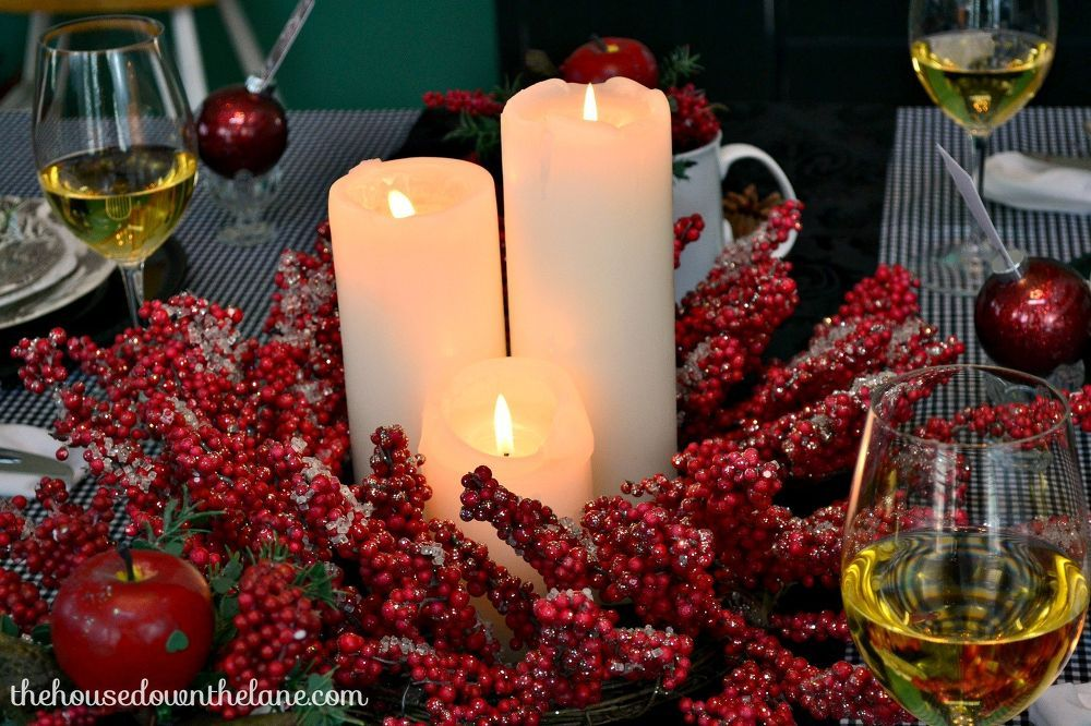 Christmas Eve Tablescape With DIY Place Cards #HomeforChristmas