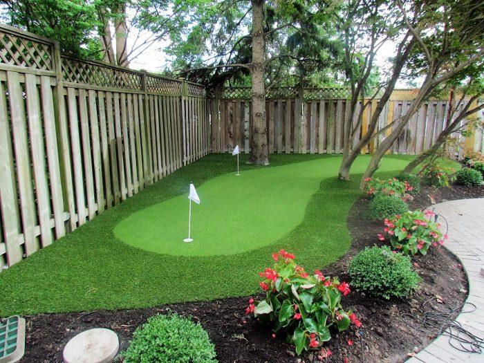 Backyard Golf Hole | Backyard putting green, Green ...