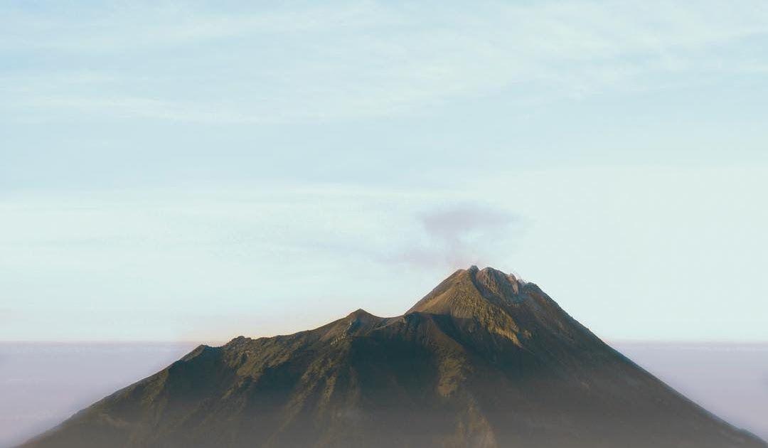 Terkeren 30 Gambar Gambar Pemandangan Di Gunung 15 Foto Terindah Dari Atas Gunung Indonesia Serasa Di Atas Download Menilik Di 2020 Pemandangan Gambar Mengagumkan
