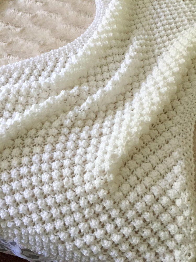 Easy Bobble Baby  Blanket Knitting pattern by Daisy Gray Knits | Knitting Patterns | LoveKnitting,  #Baby #Blanket #bobble #Daisy #Easy #Gray #Knits #Knitting #LoveKnitting #Pattern #Patterns,  #DiyAbschnitt, Diy Abschnitt,