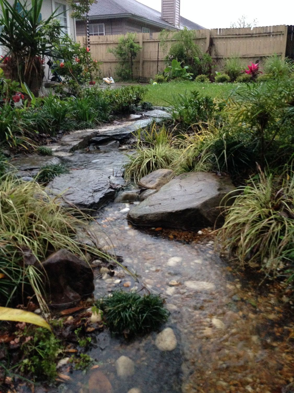dry creek bed garden design | ... the concept of a dry creek bed ...