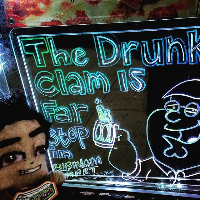 Happy hour! #thedrunkenclam #petergriffin #beer #familyguy