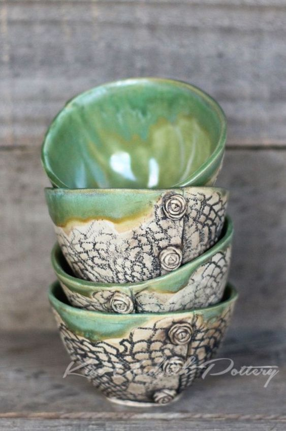 40 More Pottery Painting Ideas and Crafts #potterypaintingideas