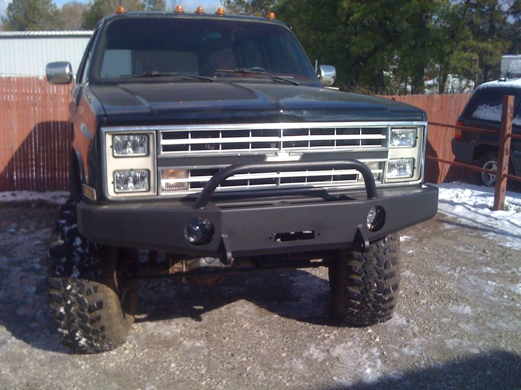 Armored bumper with winch an lower nerf bar with light bar also armored bumper with winch an lower nerf bar with light bar also mozeypictures Choice Image