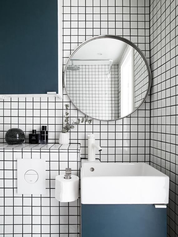 Small bathroom design. Photo via Kvarteret Mäkleri