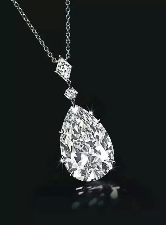 Vente Bijoux, Bijoux Précieux, Bijoux Femme, Beaux Bijoux, Pendantif Diamant , b72a7179c473