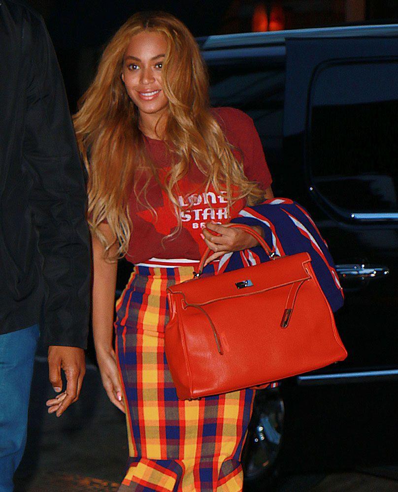 6890beb8831f Beyonce-Hermes-Kelly-Bag