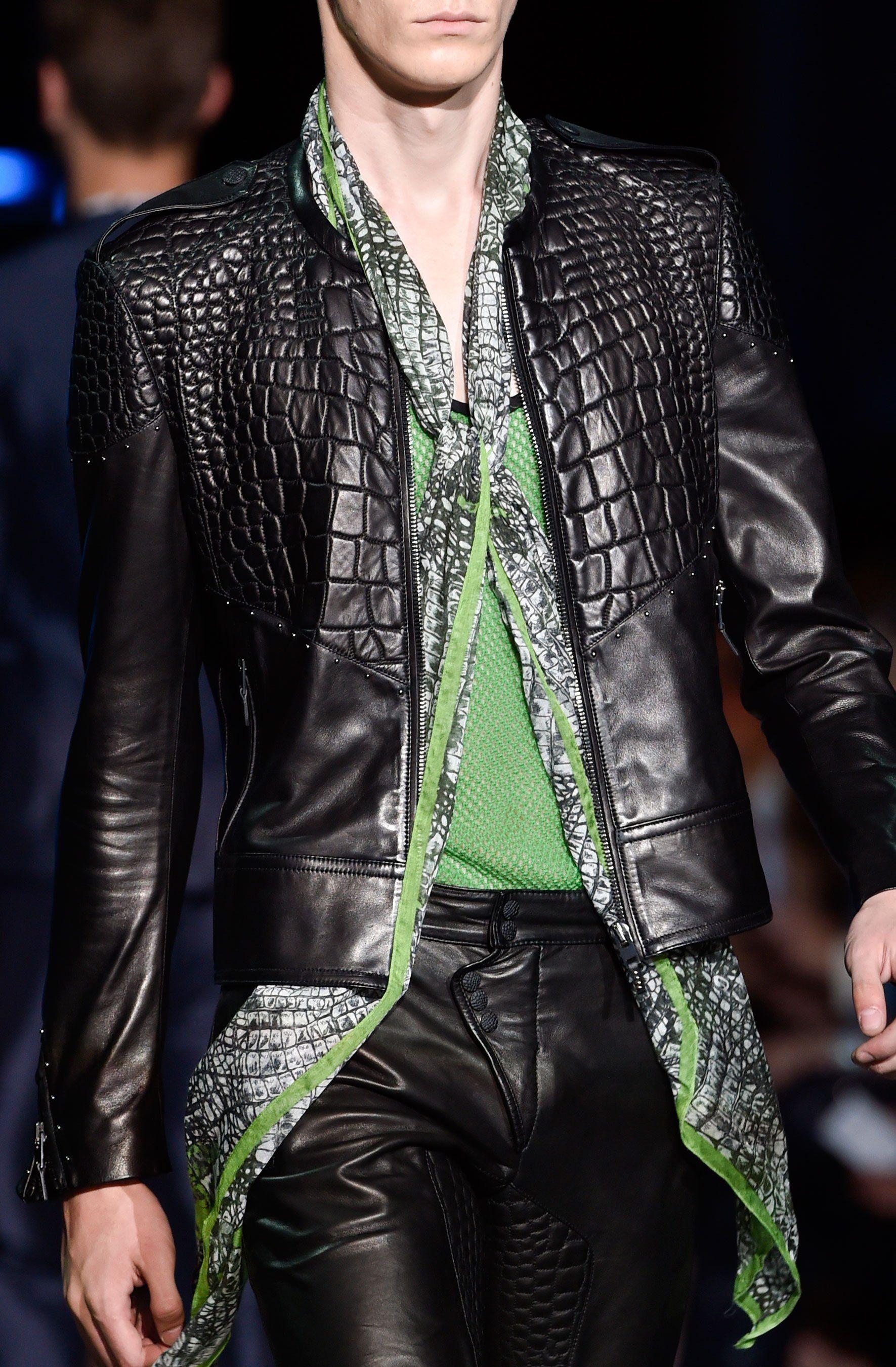Detailed Photos Of Roberto Cavalli Spring Summer 2015 Men S Leather Jacket Men Leather Jacket Style Leather Jacket [ 2700 x 1771 Pixel ]