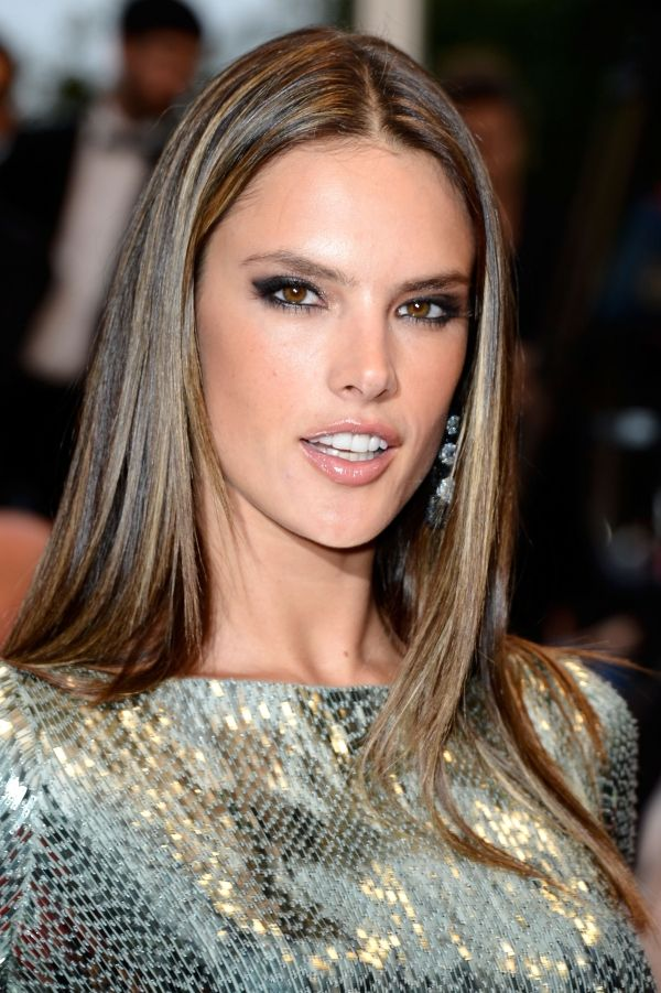 Alessandra Ambrosio Highlights Hair Colour Style Pinterest