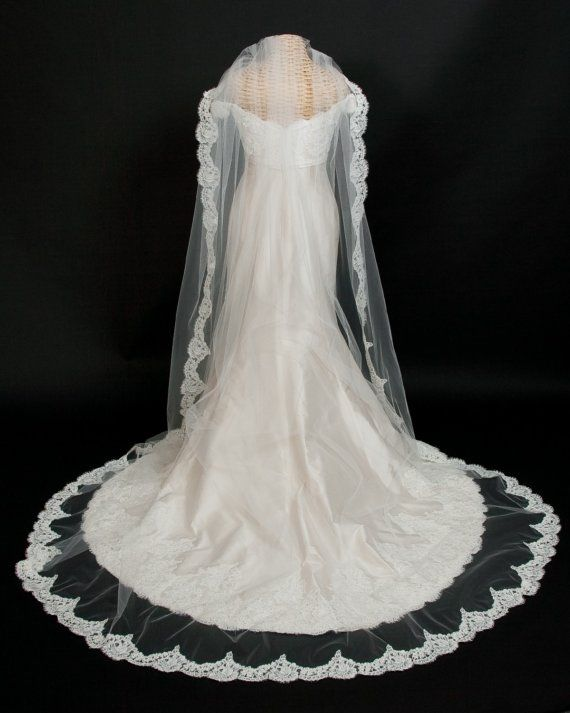 Best 25 Lace Wedding Veils Ideas On Pinterest Cathedral