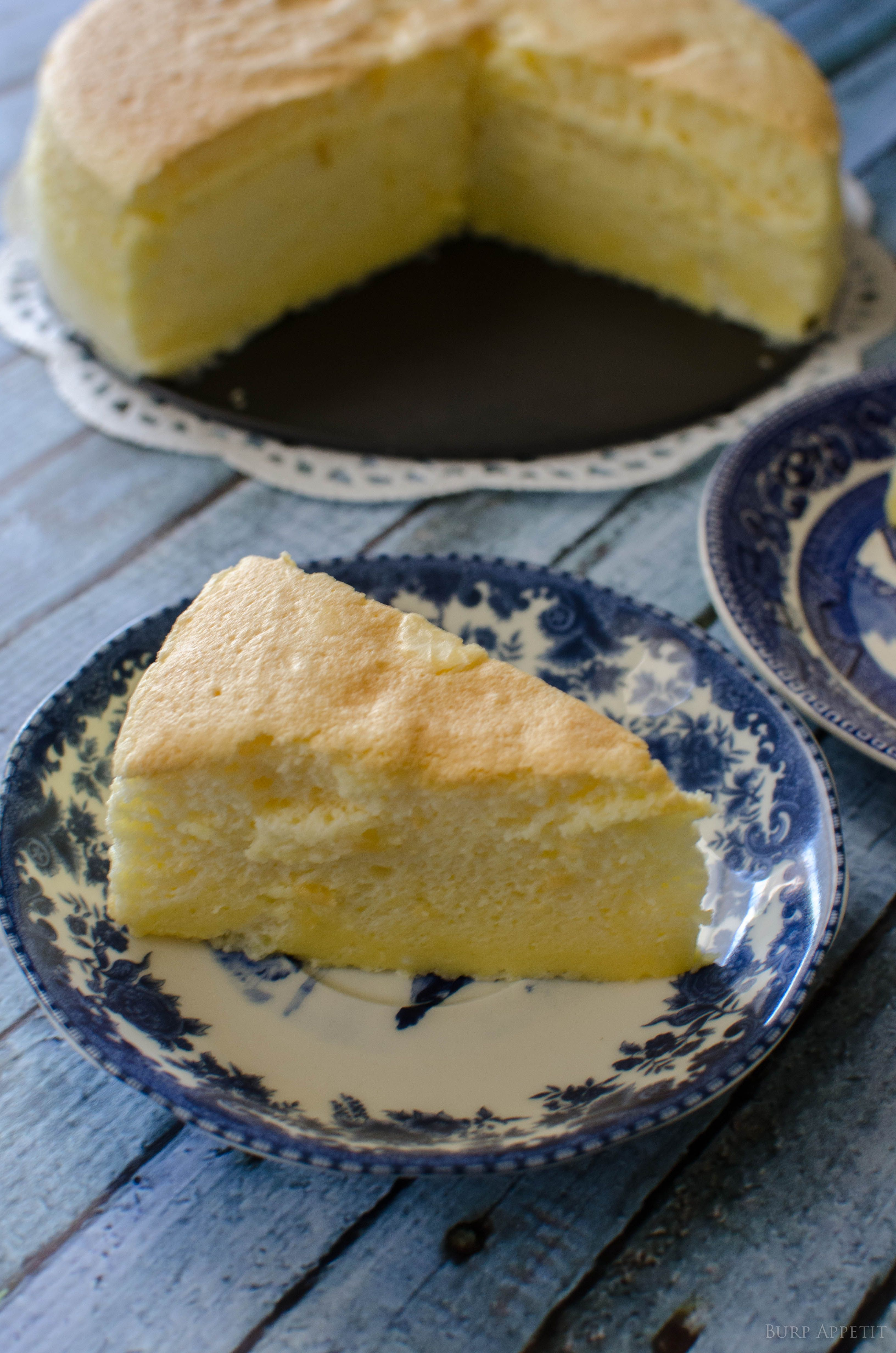 Aaahhhh….soft, melt-in-mouth Japanese Chiffon Cheesecake. It's the first decent cake I've ever baked in my entire life and it was well worth the effort. We finished the entire c…