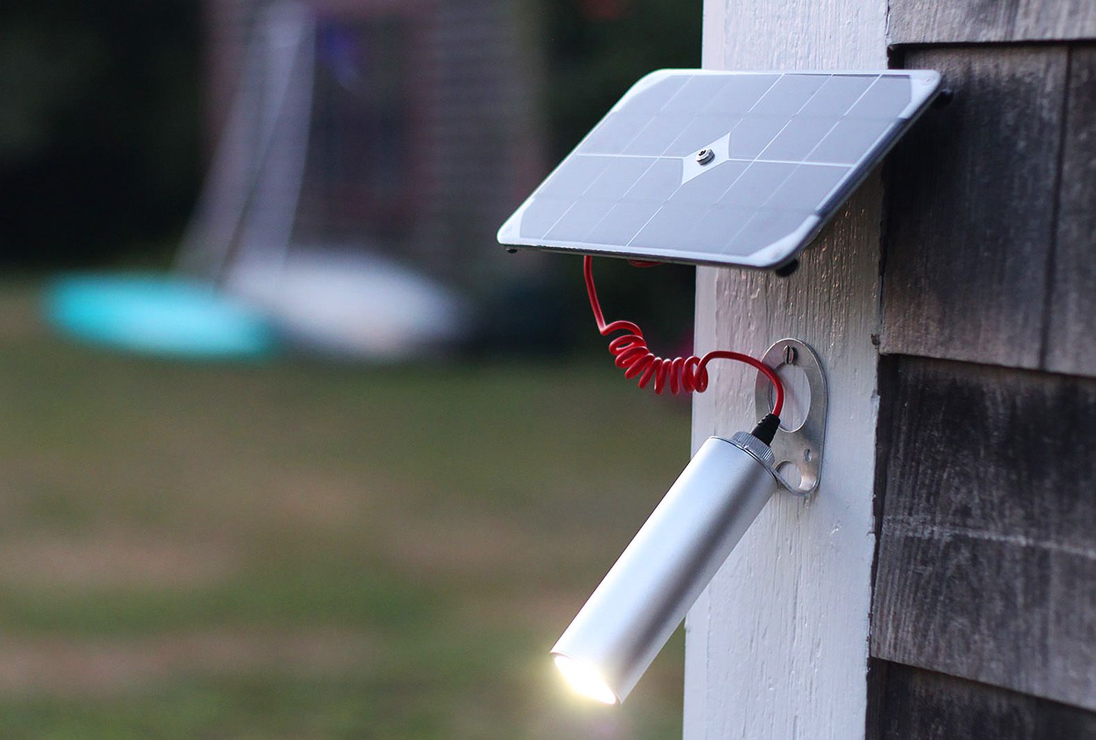 Elegant solarpowered Shine light delivers 30+ hours of