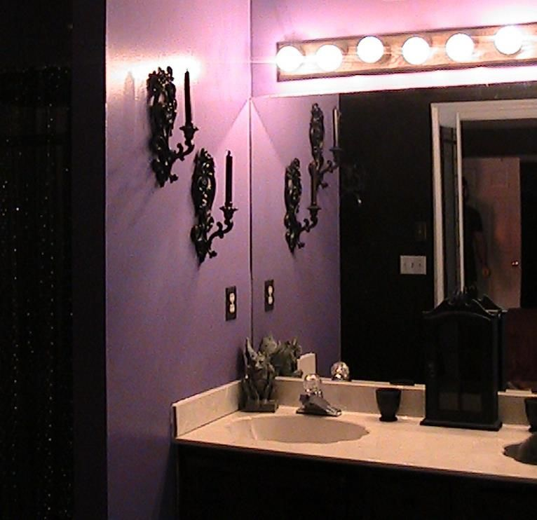 Purple Master Bathroom This Is Exactly How My Bathroom Looks But Bigger I Love The Black Wall Purple Bathrooms Purple Bathroom Decor Dark Purple Bathroom