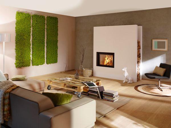 Ziegelwand wohnzimmer ~ Brunner kamin in modernem wohnzimmer in weiß verputzter wand