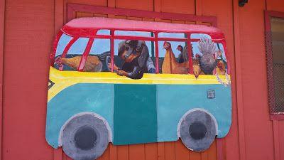 Parenting With a Smile: Wordless Wednesday - Kauai Street Art