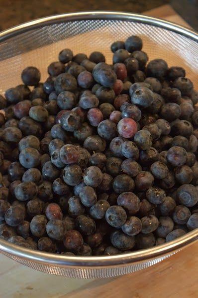 Barefoot in Boston (via Houston): Homemade Blueberry Pie